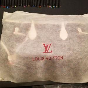 Louis Vuitton purse with tote handbag
